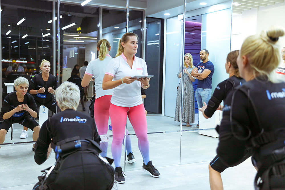 ems fitness workout at ucryo