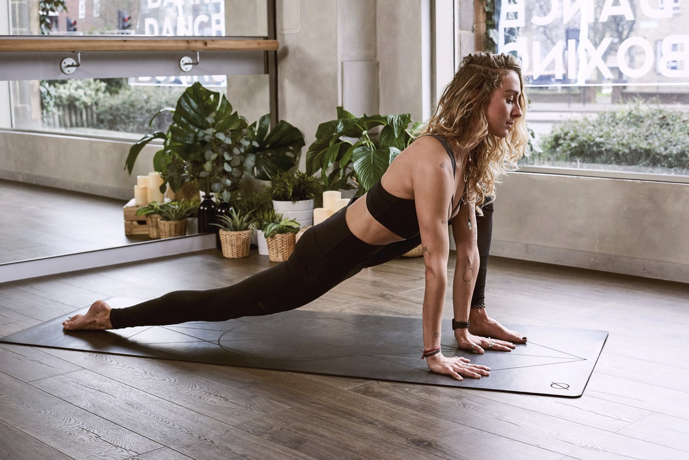 A list of best free online fitness channels to get yourself in shape during self isolation